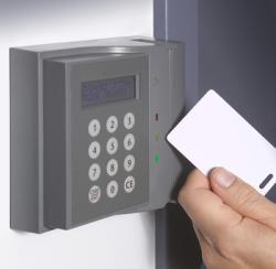 Cum functioneaza un sistem de control acces