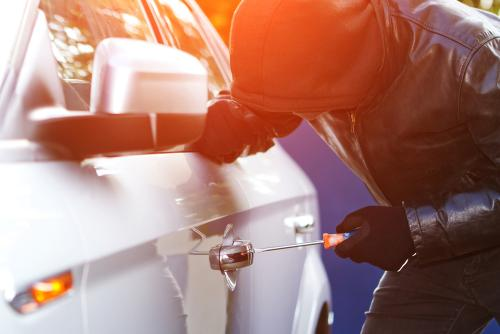 Cum ne protejam masina de hoti. Sfaturi utile si sisteme anti-furt