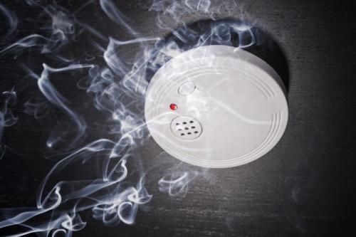 Cum alegi detectorul de fum? Tipuri de senzori