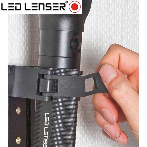 Lanterna profesionala LED LENSER P17R - 400 Lumeni