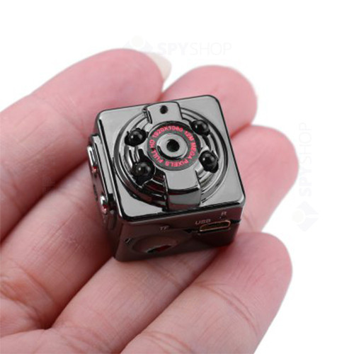 Microcamera video pentru masina cu DVR SQ8