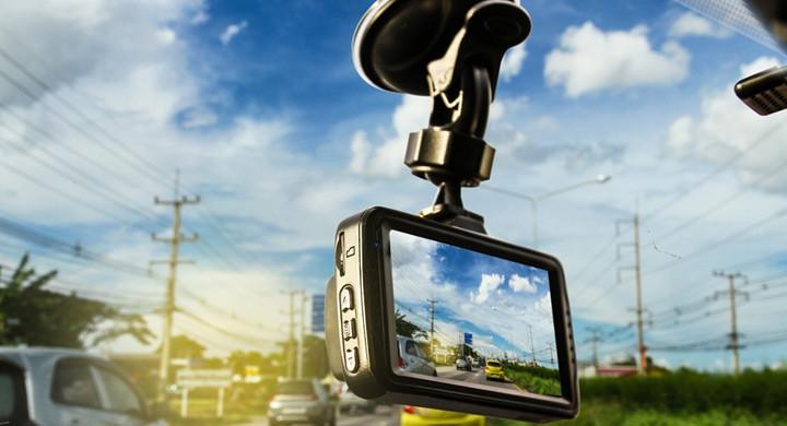 6 motive pentru a folosi o camera auto